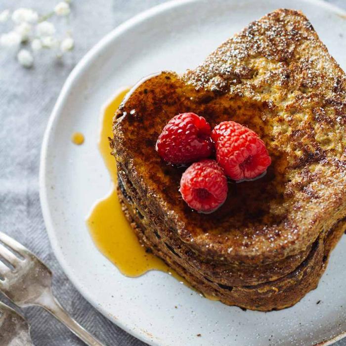 Tostadas francesas integrales proteicas y sin azúcar