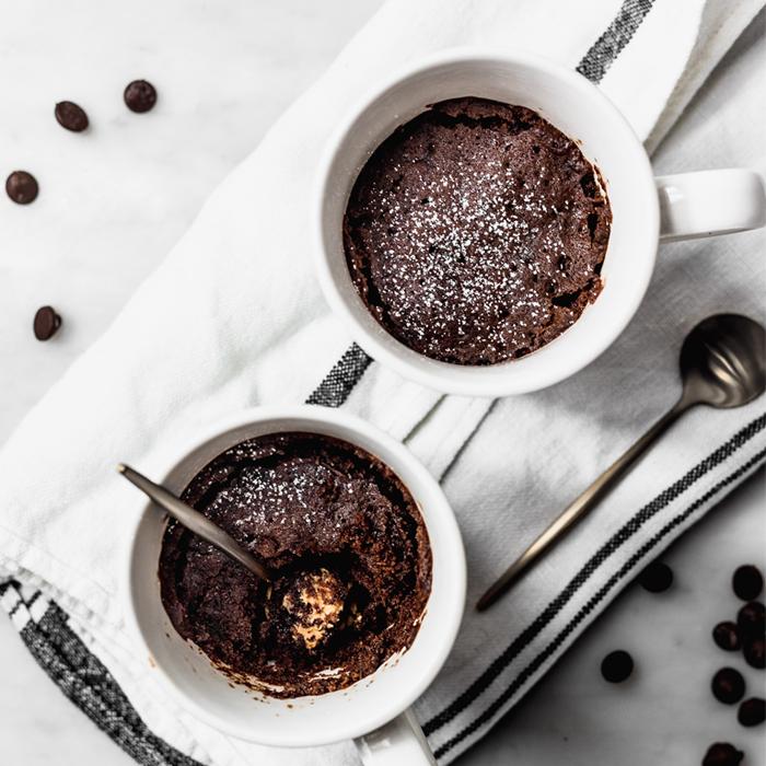 Mug Cake Sin Azúcar, Bajo en Hidratos de Carbono